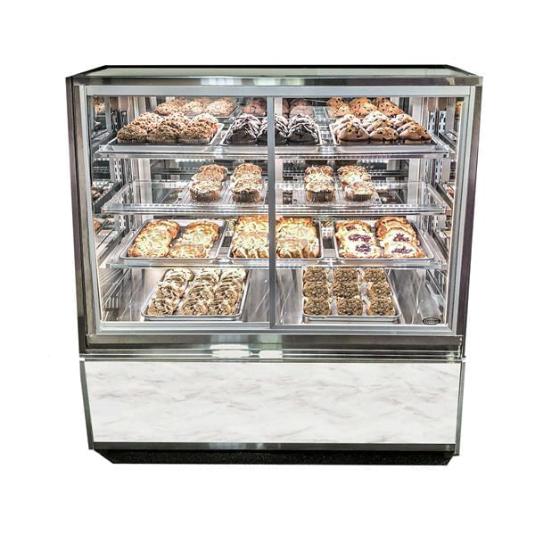 Federal Industries ITDSS3626-B18 non-refrigerated self serve case