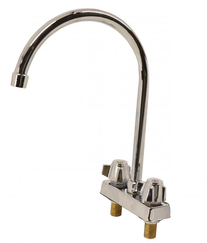 Omcan 39788 tables and sinks > sinks > faucets