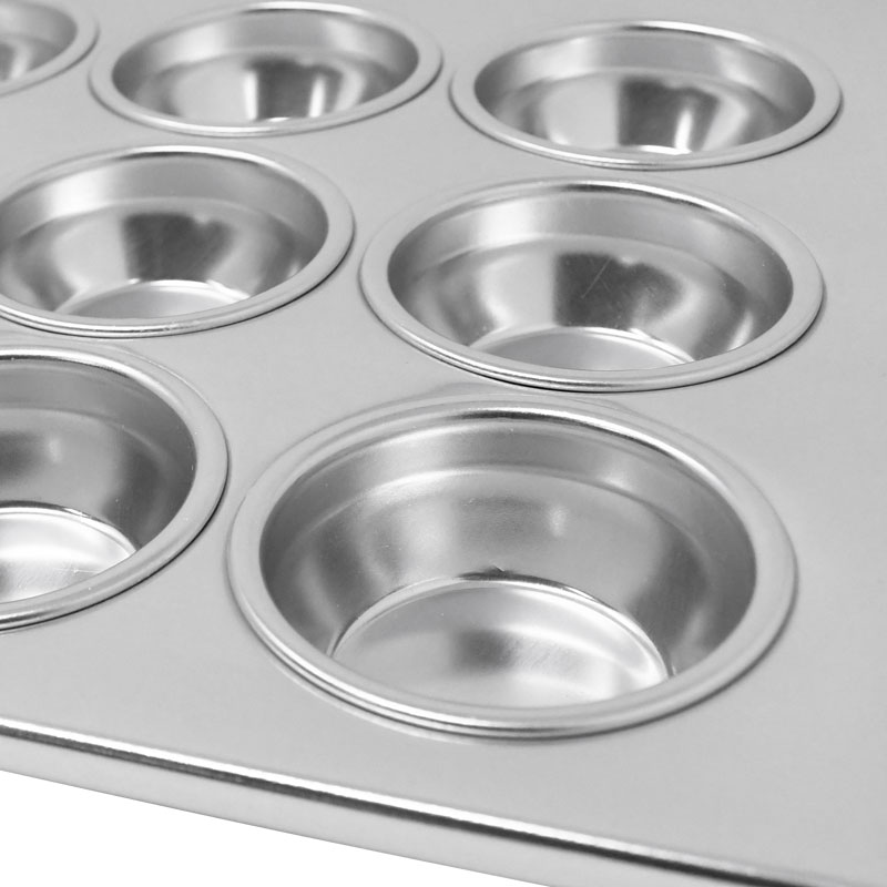 Omcan 80628 smallwares > baking accessories > muffin pans