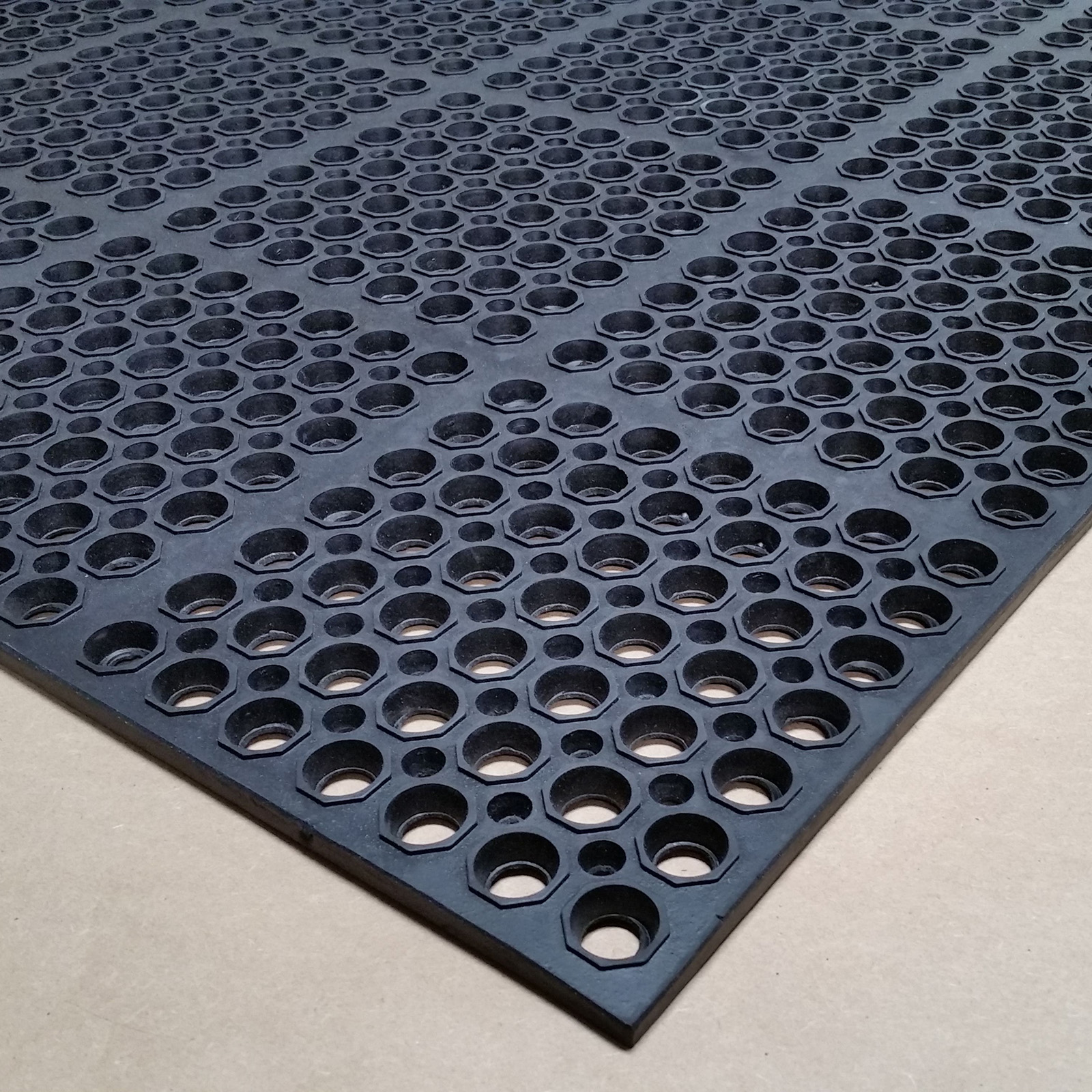 Cactus Mat 3520-C3 floor mat, anti-fatigue