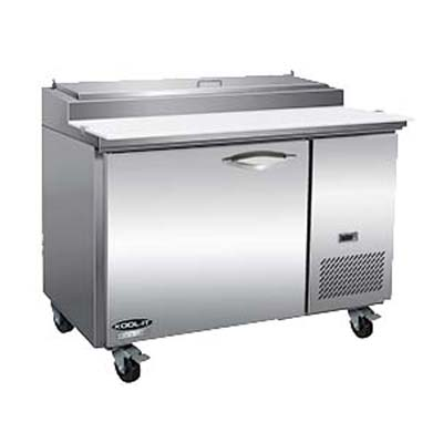 MVP IPP47 refrigerated counter, pizza prep table
