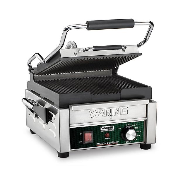 Waring WPG150B sandwich / panini grill